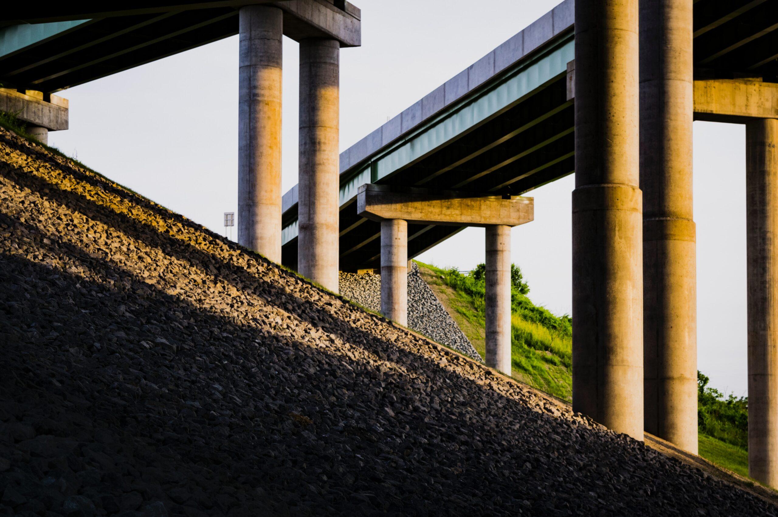 Perché è necessario investire in infrastrutture per rimettere in moto l'Italia, numeri alla mano